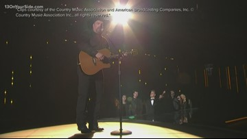 The Chat: Garth Brooks performing in Detroit