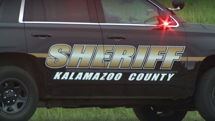 3 people approach man, rob him at gunpoint in Kalamazoo