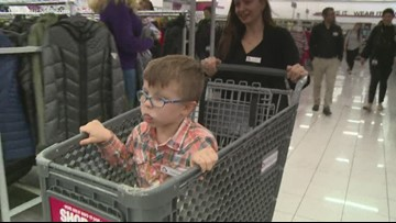 5-year-old cancer survivor receives shopping spree