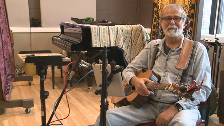 'Doesn't have to be all uphill,' hospice staff helps man record music