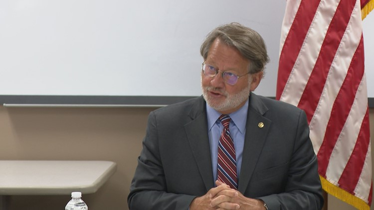 Sen. Peters highlights infrastructure importance, begins statewide listening tour
