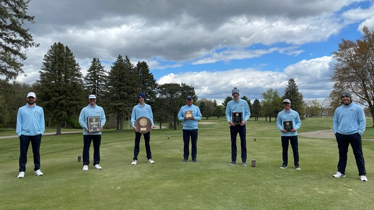 Undefeated GRCC golf team headed to national tournament