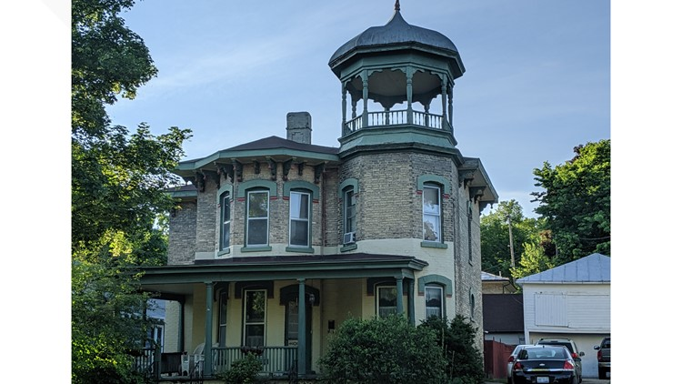 historic home in ionia