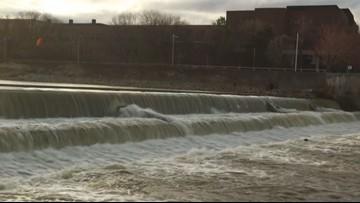 Evidence found, prosecutors seek freeze in Flint water case