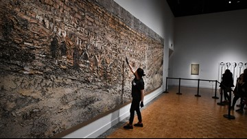 Detroit museum workers spend 100-plus hours moving painting