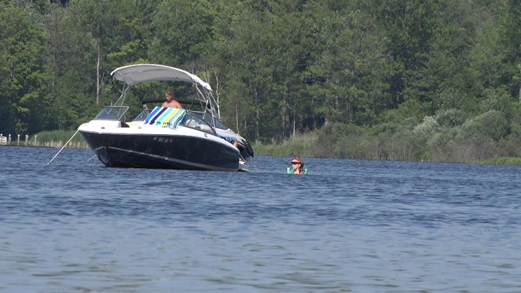 Despite citations, no wake violations still common in Spring Lake