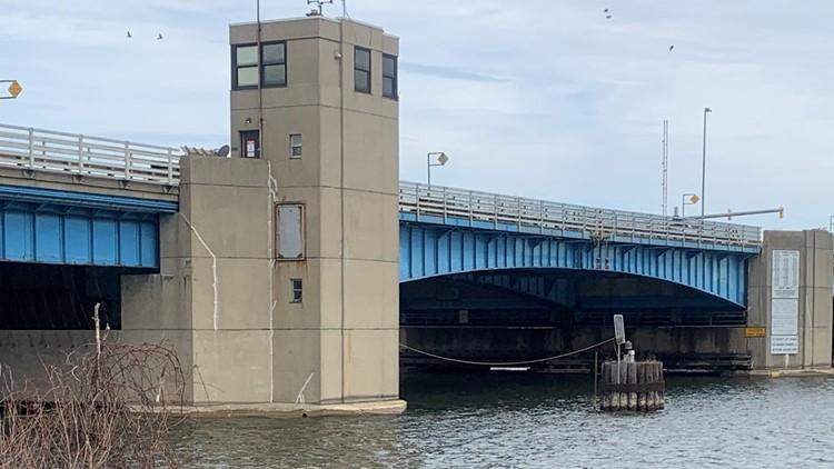'Good news!' Seasonal construction on Grand Haven drawbridge finishes 9 days early