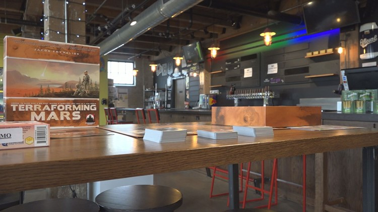 Board game bar and lounge opens in Grand Rapids