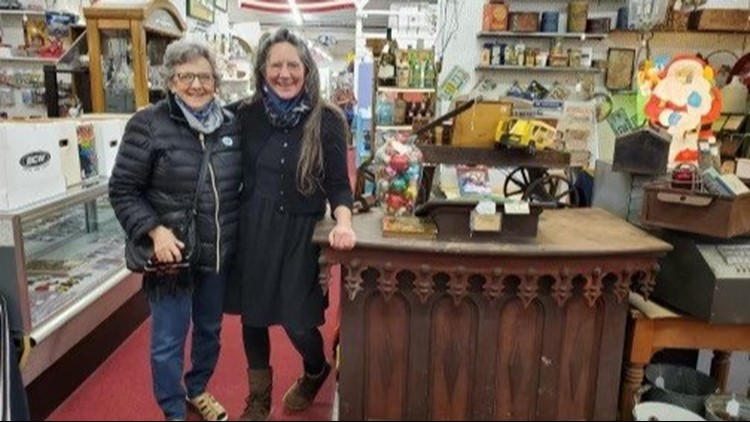 Putting 'Holy' in 'Holy Grail', Michigan woman finds historic pulpit in antique store