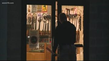 Guns stolen in break-in