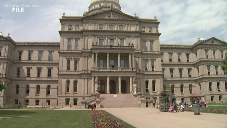 Michigan set to begin public hearings on redistricting