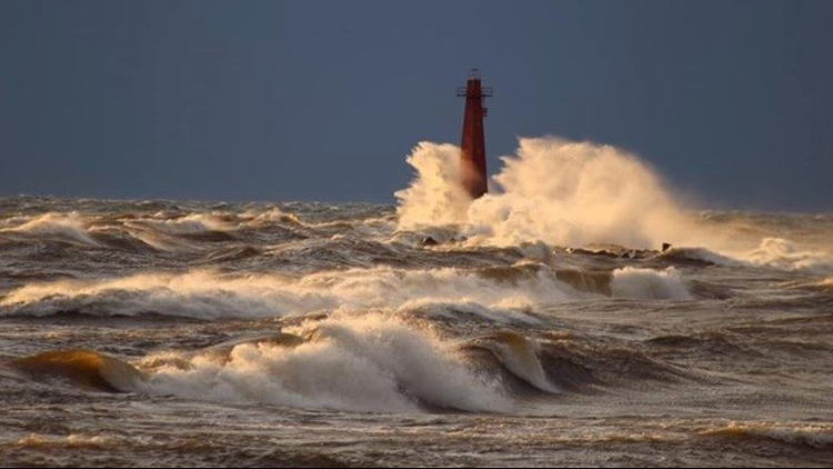 NWS: 10-14 foot waves expected on Wednesday