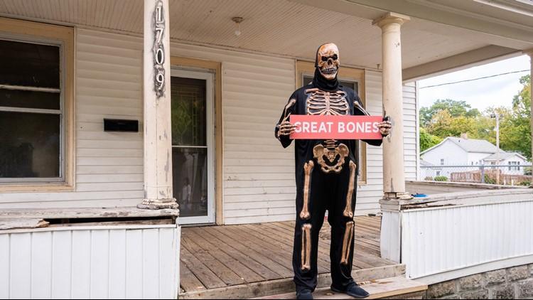 Muskegon real estate listing turns Halloween into 'Zilloween'