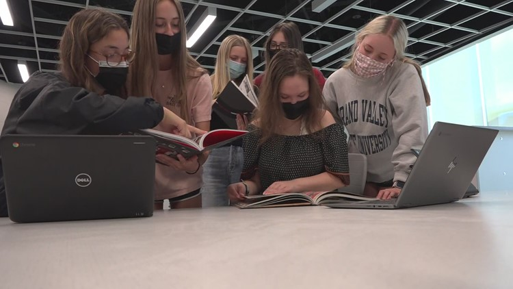 Northview students chronicle unusual period in history through yearbooks