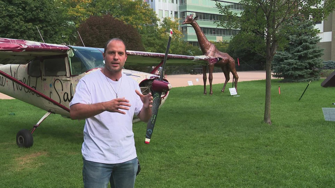 ArtPrize exhibit brings metal safari animals to downtown Grand Rapids