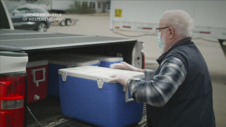 'It changed my life' | Meals on Wheels delivery driver urges more to volunteer