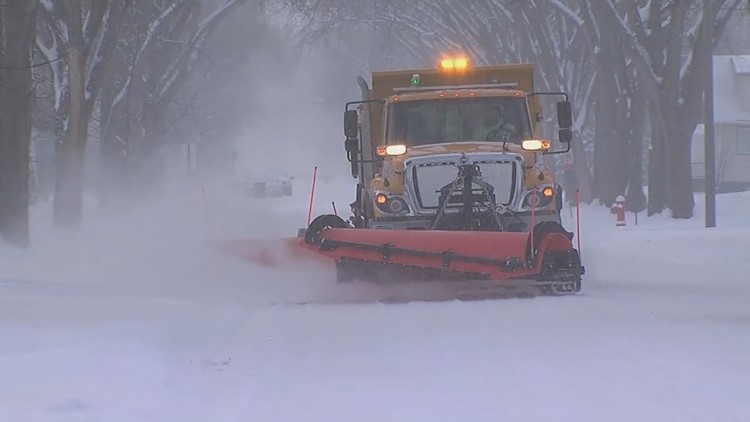 Road commission agencies looking to hire snow plow drivers before winter