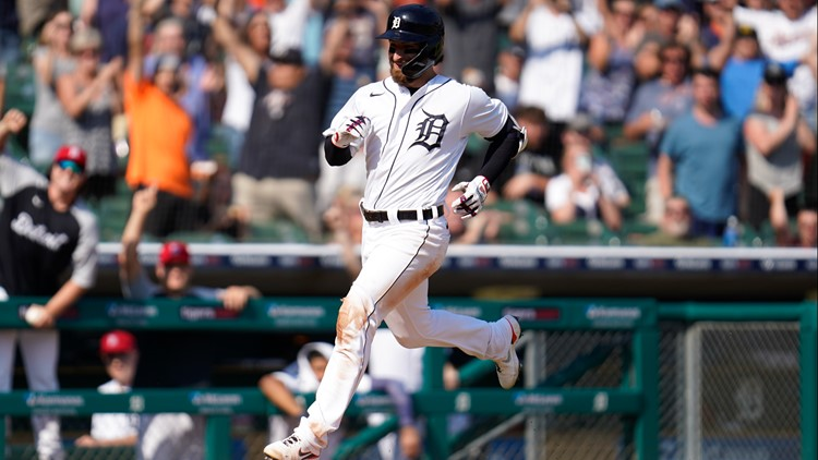 Haase pair of 3-run HRs, inside-the-parker, Tigers top White Sox