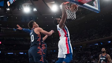 Griffin scores 29, Pistons hand Knicks 14th straight loss