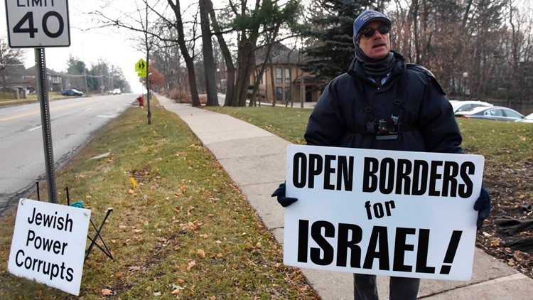 Court won't stop protests outside Michigan synagogue