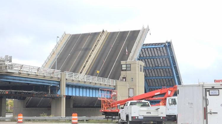 Crews conduct strain tests on Grand Haven drawbridge