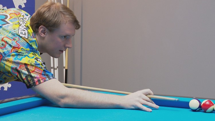 William DeYonker is the #3 ranked Artistic Pool player in the world.