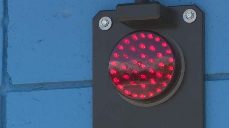 New lights at Pere Marquette Beach give swimmers lake conditions in real-time