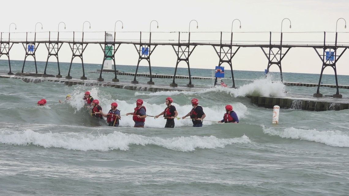 Crews searching for possible drowning victim in South Haven; Beach to remain closed Monday