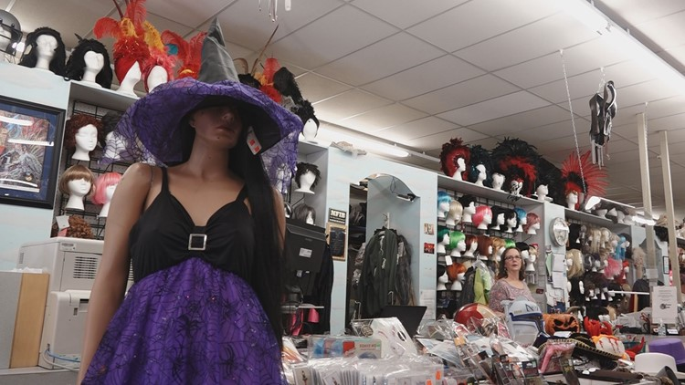 Supply chain issues impact local Halloween costume stores