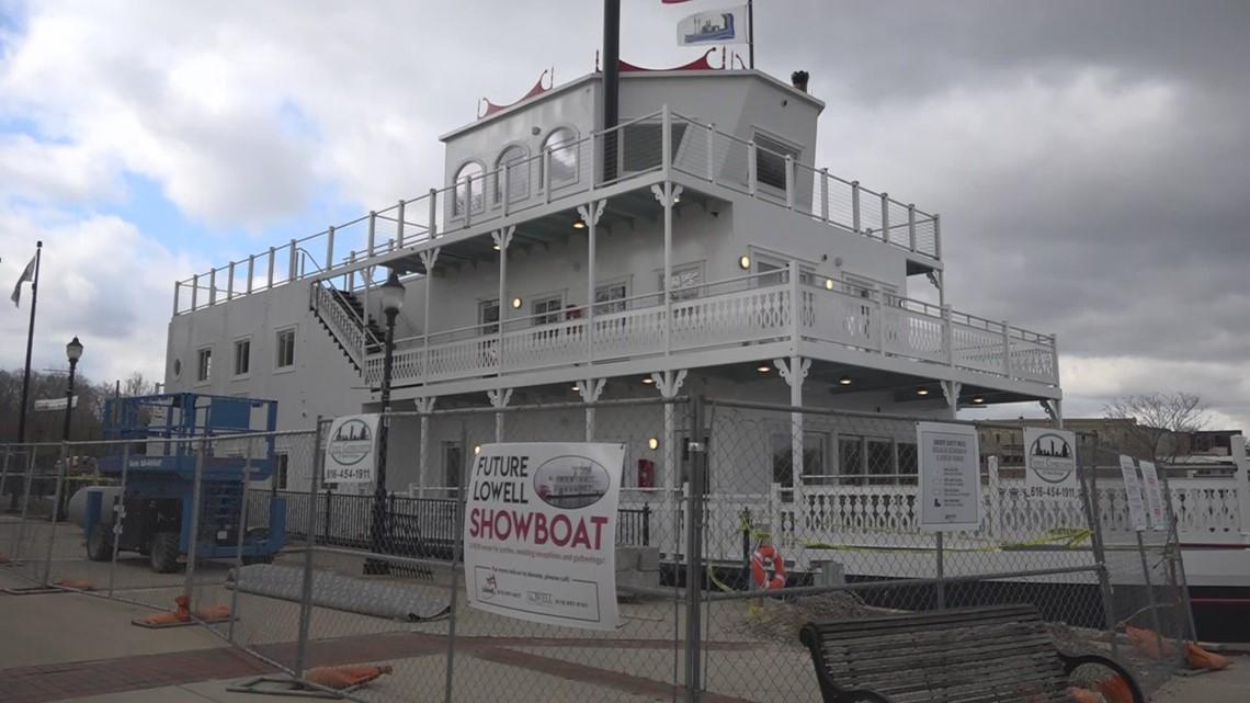 Lowell Showboat nears fundraising deadline $48,000 short of goal
