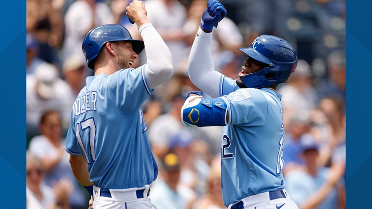Lynch, Soler and Perez lead Royals over Tigers 6-1