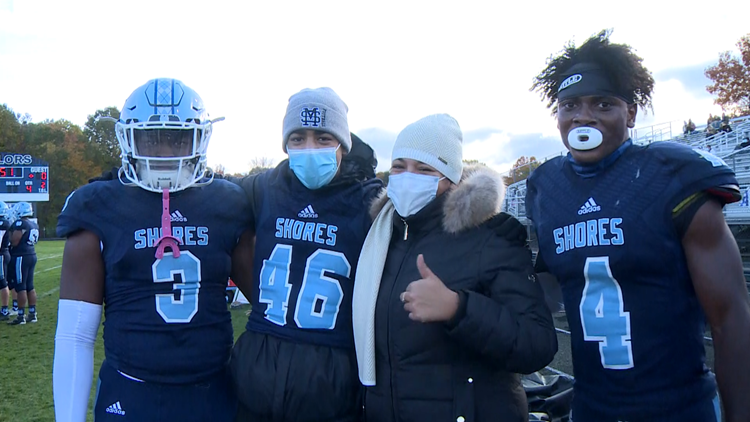 Mona Shores player battling leukemia gets surprise from state finals rival team