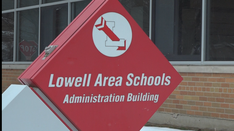Suspect makes threat against Lowell Middle School