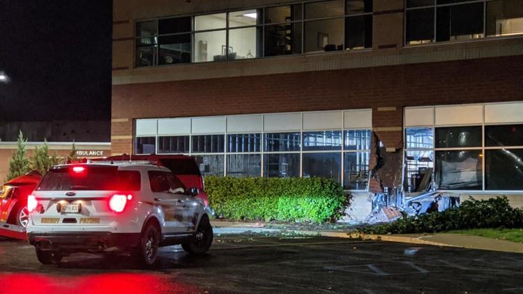 Man loses consciousness, crashes into Zeeland hospital building