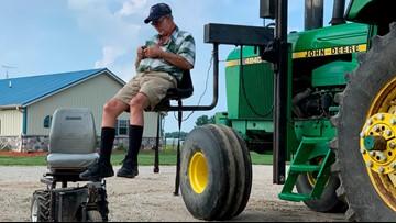 Technology, temporary help keeps farmers on job longer